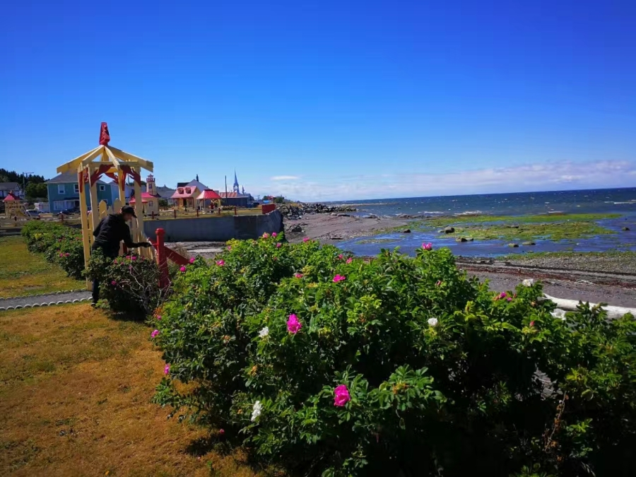 魁北克Gaspe半岛房车游2017(四):圣.劳伦斯河边的法国小镇